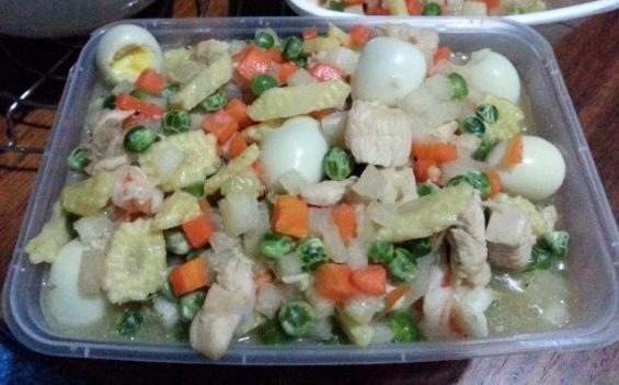 mixed-veggies-with-quail-eggs